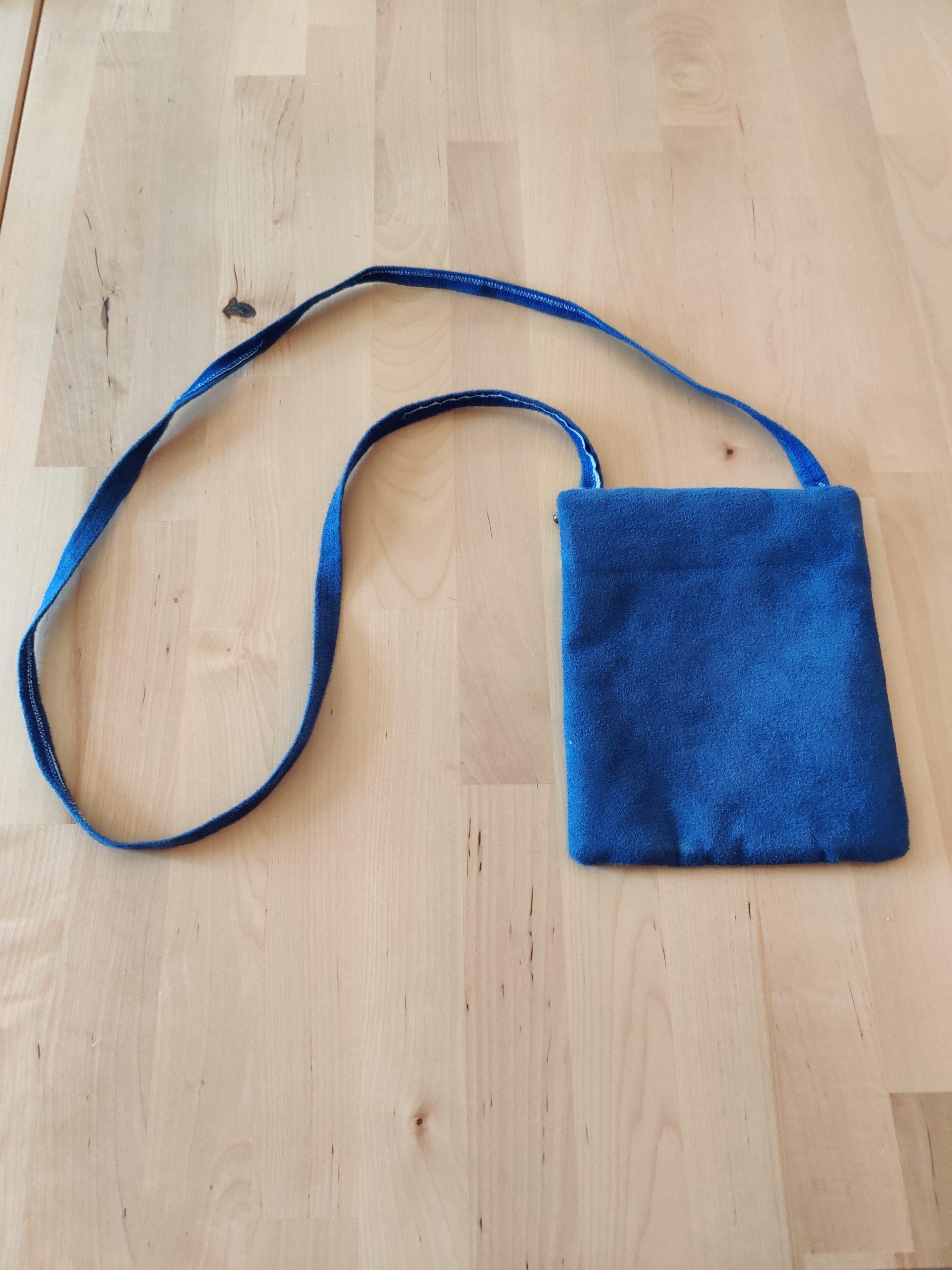 Pochette bleu verso