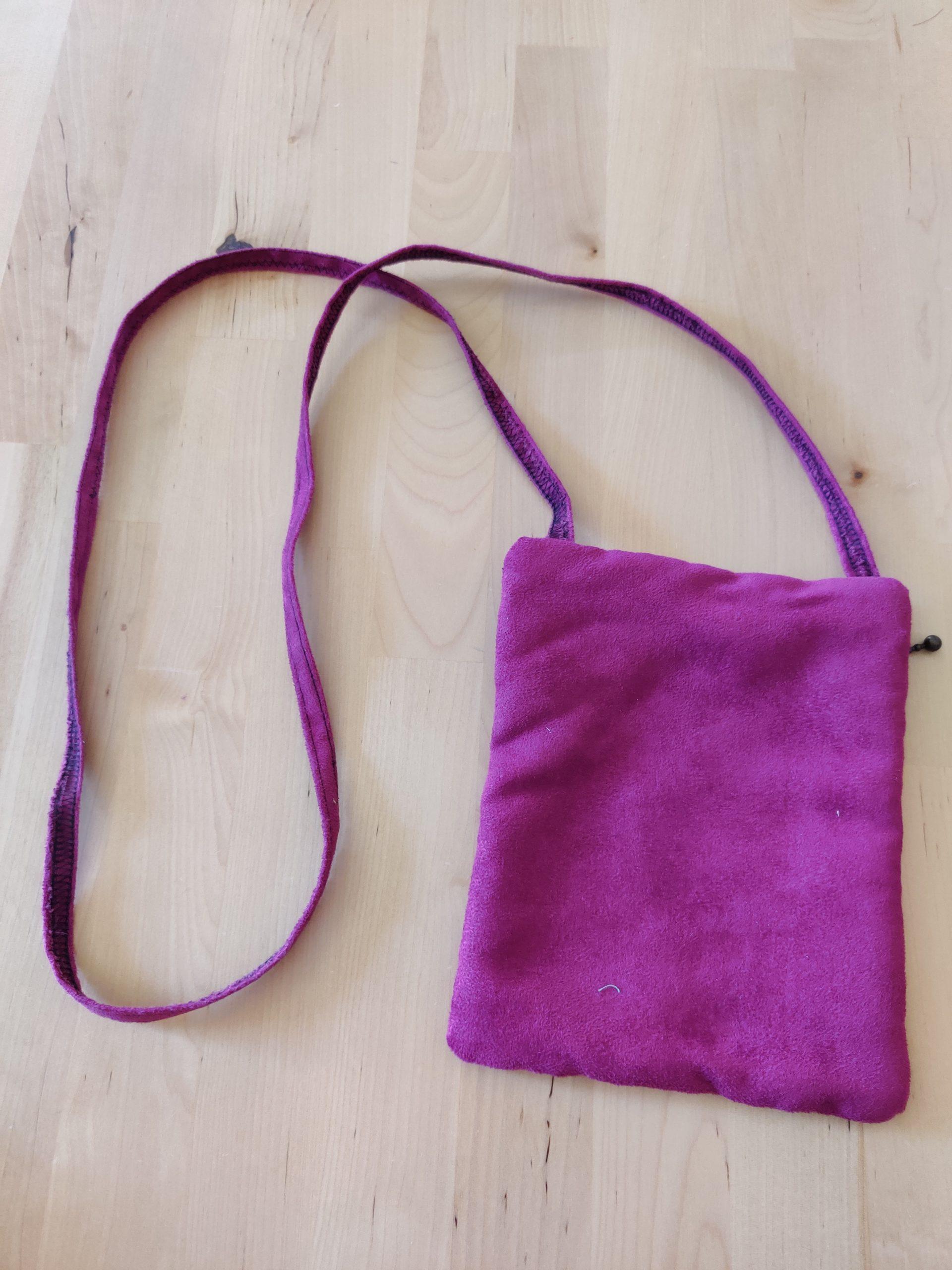 pochette violette verso